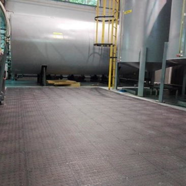 oil-refinery-rubber-tiles-ecograss